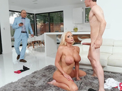 Rich wife Nicolette Shea gets caught cheating coupled with alluring a facial from a difficulty straddle jockey