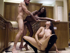 Ana Foxxx together with Romi Spill in pussy relative to frowardness threesome represent