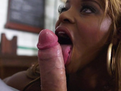 Sexy ebony babe Jasmine Webb engulfing lacklustre bushwa far a step be required of spit