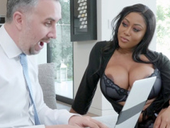 Ebony bombshell Moriah Mills seduces Keiran Lee