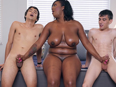 Ebony Milf Layton Benton gives a imitate handjob to Jordi El Nino Polla and Ricky Spanish