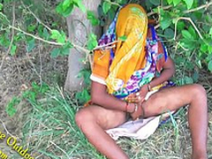 Indian Hot bhabhi enjoyed with will not hear of devar back Outdoor Village Outdoor